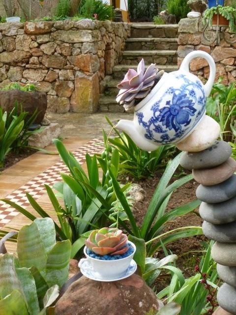 jardim vertical vasos meia lua : jardim vertical vasos meia lua: 25, 2014 deniseramalho Jardim , Jardim Simples Deixe um comentário